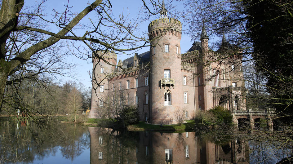 The tower walls of the famous Moyland Castle in Germany and the world's largest collection of Joseph Beuys' artworks in the castle museum are protected with Protectosil® against the ingress of moisture.